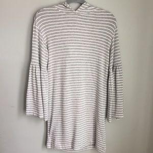 Lou & Grey   Bell Sleeve Sweatshirt Hoodie XS